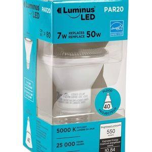 New Luminus Flood-7W (50W)Dimmable Led Light Bulb